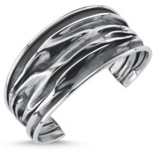 30mm Oksitli Buruşuk Altı Açık Gümüş Kadın Bilezik, Taşsız Bilezikler  925 ayar gümüştür.