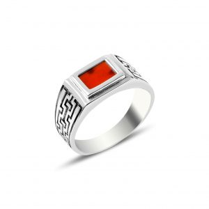 Kırmızı Akik Taşlı Gümüş Erkek Yüzük, Doğal Taşlı Erkek Yüzükleri  925 ayar gümüştür.