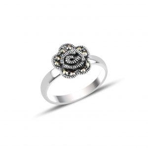 Markazit Taşlı Gül Gümüş Yüzük, Markazit Taşlı Bayan Yüzükleri  925 ayar gümüştür.