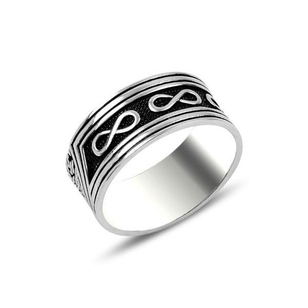 Parmakizi Detaylı Sonsuzluk Gümüş Alyans, Taşsız Erkek Yüzükleri  925 ayar gümüştür.