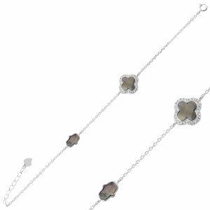 Zirkon Taşlı Dört Yapraklı Yonca & Fatma Ana Eli Gümüş Bileklik, Bileklik Rodyum Kaplama 925 Ayar Gümüştür.